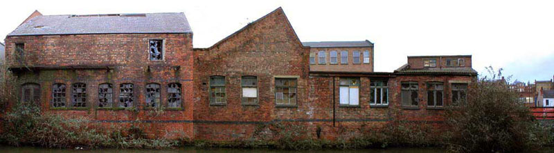 buildings beside Nottingham Canal (now demolished)